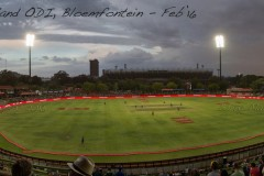Dusk falls on the Mangaung Oval in Bloemfontein as hosts South Africa chase England's huge score of 399-9 from their 50 overs in the first One Day International (ODII).